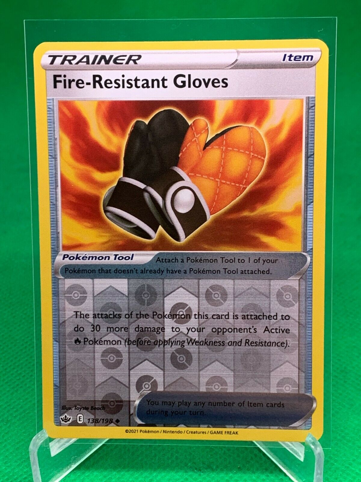 Pokemon - Fire-Resistant Gloves - Chilling Reign - 138/198 - Reverse Holo
