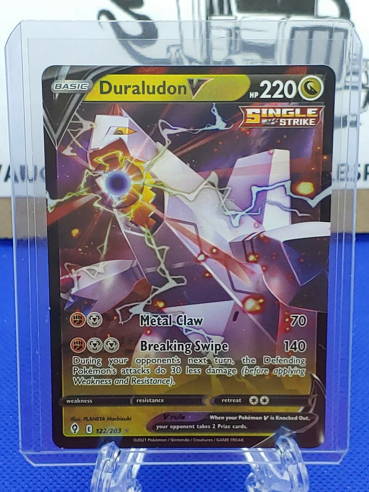 Duraludon V 122/203 Ultra Rare Holo Pokemon Evolving Skies NM
